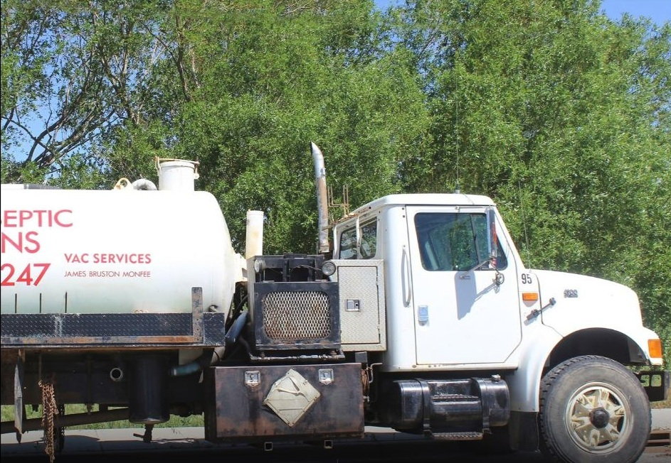 Central Septic Solutions Sewer Service Truck Winfield BC Canada